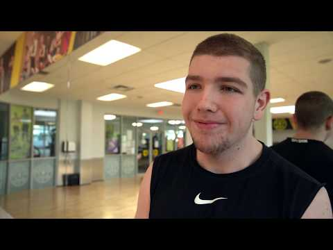 Gold's Gym Langley – Extreme Weightloss Success