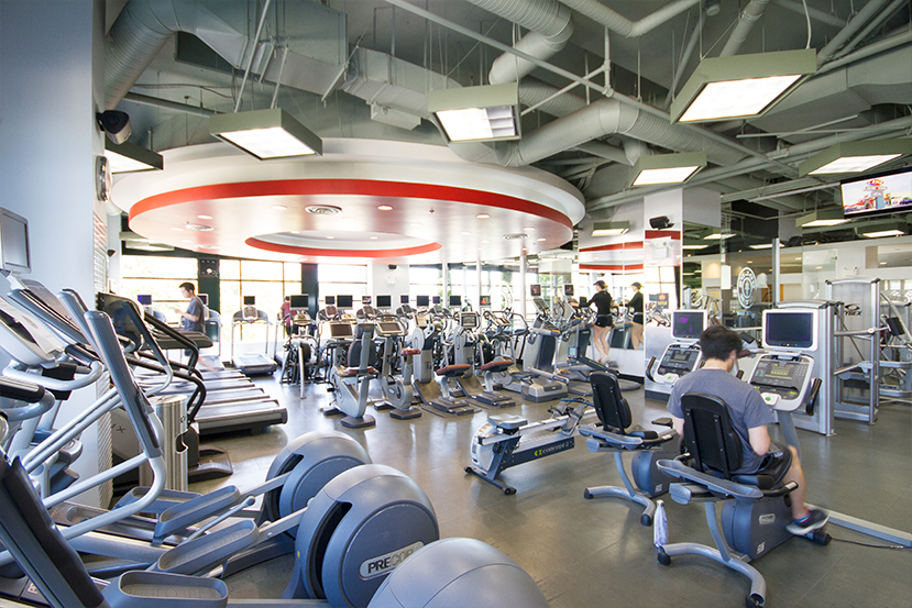 What makes Gold's Gym the best and top rated gym in UBC